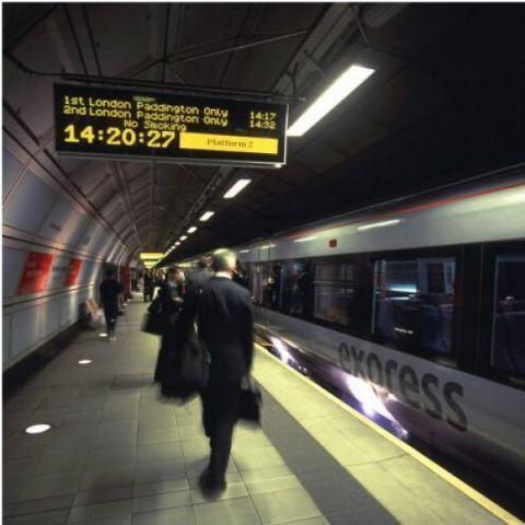 Afficheur de station de métro