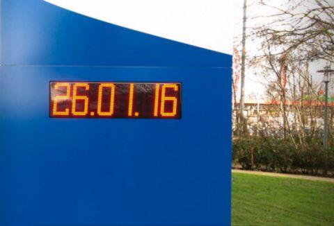Horloge géante extérieur